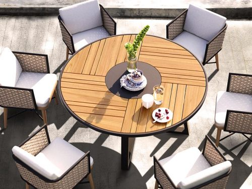 Small Outdoor Space? 3 Tips on How to Fit Your Patio Furniture